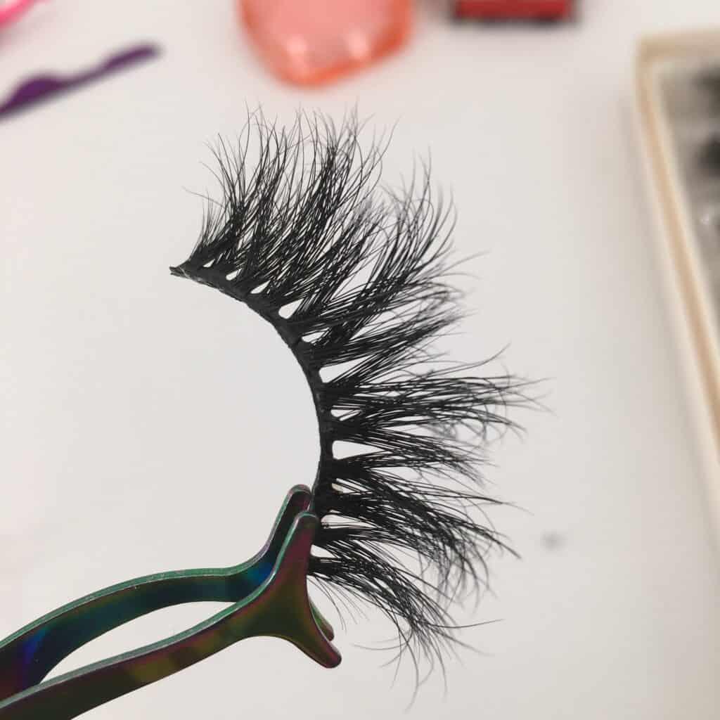 wholesale mink lashes 20mm mink lashes