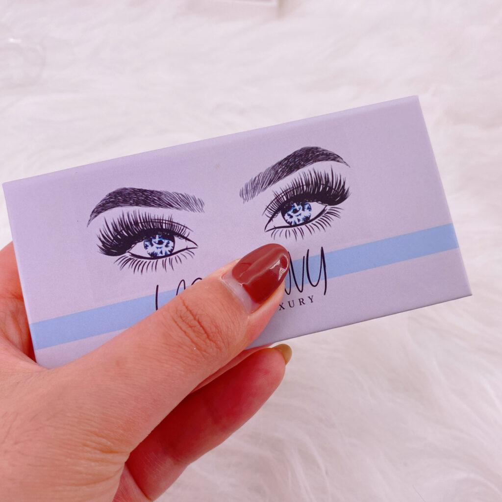 custom eyelash packaging 107