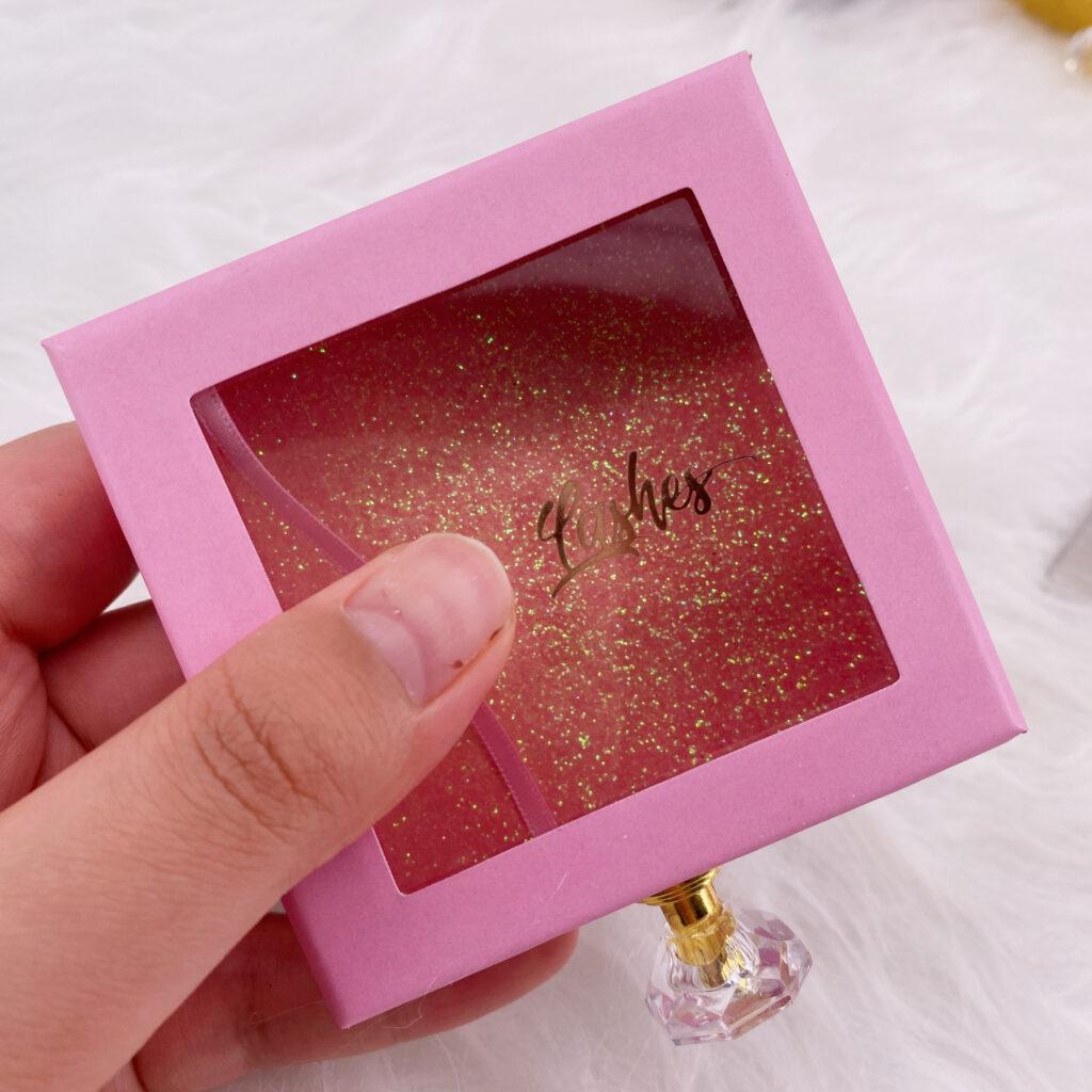 Square Eyelash packaging 143